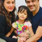 Samir Soni with wife and daughter