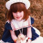 Anne Hathaway childhood image