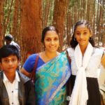 Anukreethy Vas childhood photo with her mother and brother