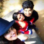 Anupama Parameswaran with her mother Sunitha and brother Akshey Parameshwaran