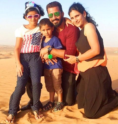 Jithan Ramesh with his wife Shilpa Choudary and children