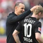 Julian Brandt with his coach Heiko Herrlich