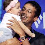 Mahesh Bhupathi with his daughter Saira