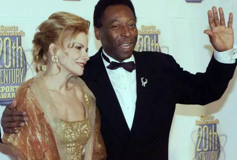 Pele Age, Wife, Children, Biography, Family, Affairs ...