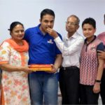 Pranav Goyal with his family after topping the JEE Advanced exam 2018
