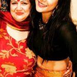 Sakshi Agarwal with her mother