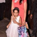 Sonali Kulkarni with her daughter