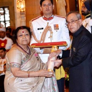 Kanupriya Pandit mother Ushakiran Khan received Padma Shri