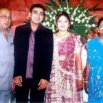 Mehul Nisar with his parents and wife Sheetal Nisar