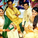 Neil Bhatt with his parents and sister Shikha Bhatt