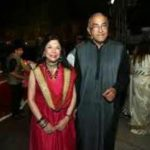 Ritu Kumar with her Husband