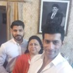 Sahil Singh Sethi with his mother, brother and father (photo frame)