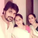 Srinish Aravind with his sisters