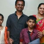 AR Murugadoss with his wife and children