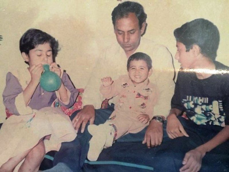 An Old Picture of Shalini Pandey with Her Family