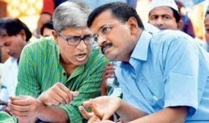 Ashutosh with Arvind Kejriwal
