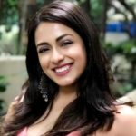 Deeksha Kanwal Sonalkar (Actress) Age, Family, Boyfriend, Biography & More