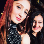 Dhvani Bhanushali With her sister