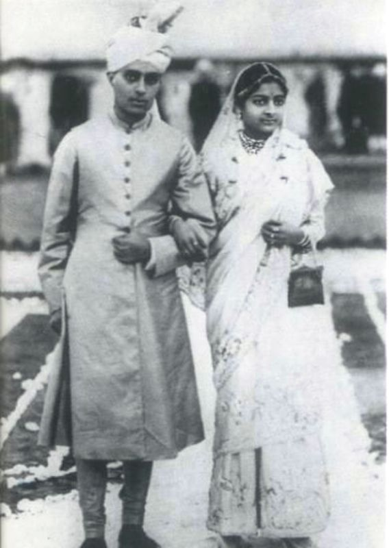 Jawaharlal Nehru With His Wife Kamala Nehru