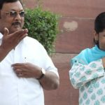 M.K Alagiri with his sister Kanimozhi