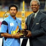 Sachin Tendulkar With Player of the Tournament Award 2003 World Cup