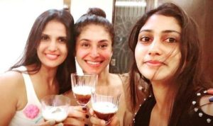 Shubhaavi Choksey drinks alcohol