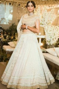 Sonam Kapoor in Abu Jani and Sandeep Khosla Outfit