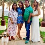 Srishty Rode with her parents and sister Shweta Rode