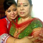 Bharti Singh with her mother Kamla Singh