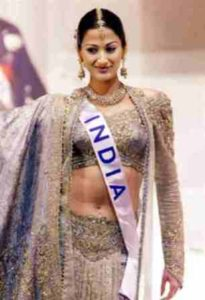 Gayatri Joshi in 2000 Miss International