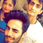 Karan Jotwani with his mother Heena Jotwani and brother Kush Jotwani