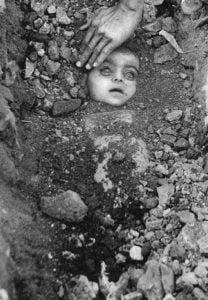 Picture taken by Raghu Rai during Bhopal Tragedy