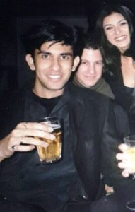 Rajeev Sen Drinking Alcohol