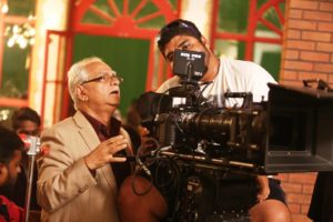 Ramesh Sippy during Shimla Mirchi Shooting