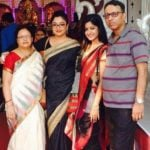 Tanushree Dutta with her parents and sister Ishita Dutta