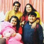 Aarna Bhadoriya with her parents and brother Abhay Bhadoriya