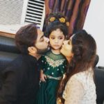 Mehjabi Siddiqui with her husband and daugther Aayat