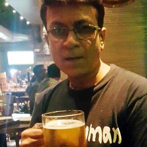 Nitin Bali drinking alcohol