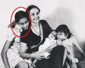 Nutan with her mother and younger sisters Tanuja and Chatura