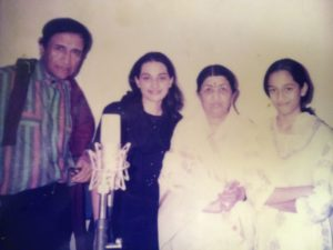 Shweta Pandit (Right) with her sister and Lata Mangeshkar and Dev Anand in her childhood