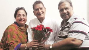 Vijay Tandon and his wife with Mehar Mittal