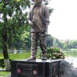 Bhupen Hazarika 's Statue