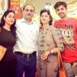 Himansh Kohli with his family