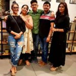 Mrunal Thakur with her family