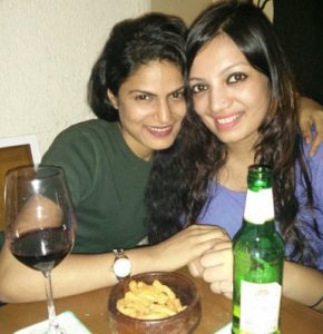 Rashmi Somvanshi drinking beer with her friend