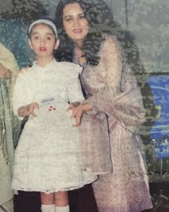 Sidhika Sharma during her school function with Padmini Kolhapure