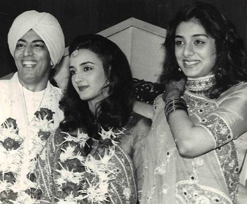 Vindu Dara Singh with his ex-wife 'Farah Naaz' and her sister 'Tabu'
