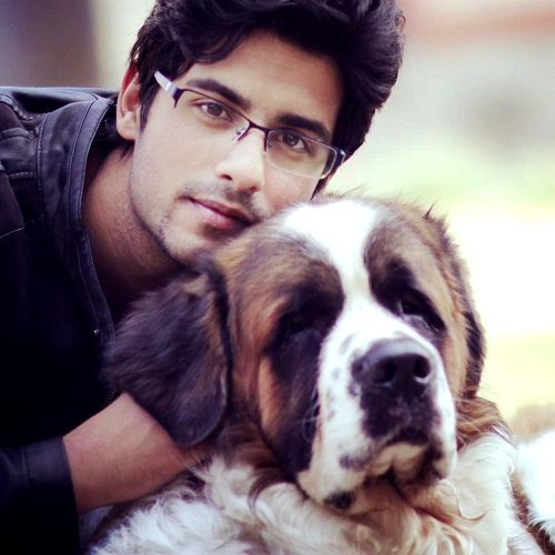 Abrar Qazi loves dogs