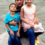 Yasir Shah with his children