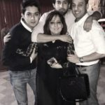 Bilal Abbas Khan with his brothers and mother